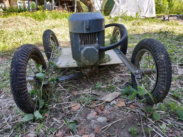 Powerful homemade lawn mower for the village with their own hands